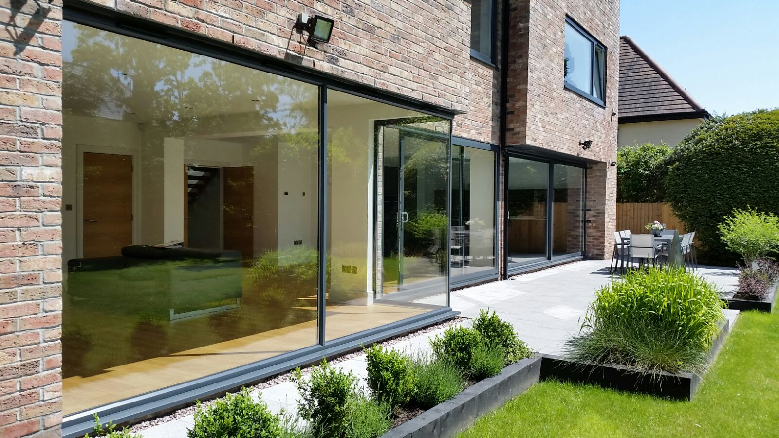 gallery-aluminium-slidingdoors4